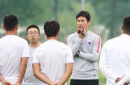 天津日报:天海未赢但踢得不差,扳平后朴忠均泛泪