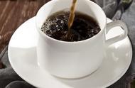 买不起奶粉,印尼夫妇咖啡喂养婴儿