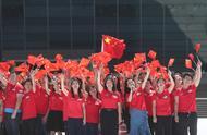 3000名粤港澳青年齐聚广州白云山 共唱《我和我的祖国》
