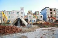 视频+实图!儋州市那大镇27户违法建筑被依法拆除!