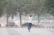 """郑州这场大暴雨11年一遇,河南继续""""泡汤"""",暴雨转战这里……"""