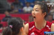 中国女排在日本3比0大胜韩国,第3局轰出9比0高潮,五星红旗飘扬