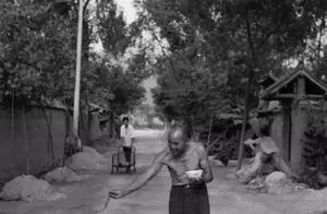 一组农村老照片引发的争议,据说,每个人看完都会有不同的感受