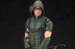 走出哥谭走向CW《绿箭侠》全新模型图赏