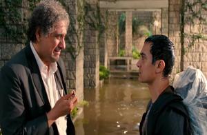 三傻大闹宝莱坞:自我的校长,终于认可阿米尔汗,送出最宝贵礼物