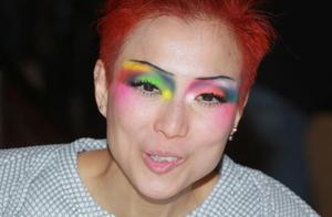 郑秀文剃眉毛自曝不靠化妆隐藏,网友:她真的太拼了