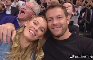 沃兹尼亚奇携手未婚夫看篮球比赛,沃兹美丽,未婚夫帅气
