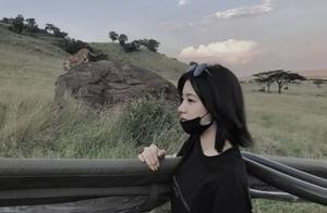 汪峰14岁女儿与闺蜜出游,打扮走暗黑路线,晒照画风似网红