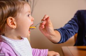 孩子睡前,让孩子饿着也比吃这4种食物强,睡眠质量差还影响发育