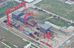 中国第三艘航母新照疑似曝光,这一特征很突出,或暗示一场大变革