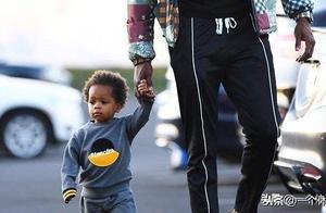火勇大战的副作用:自己儿子学会假摔,格林让他以后别再看NBA
