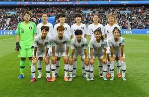 韩国体育双线崩盘!女足女排同病相怜 朱婷偶像难阻大溃败