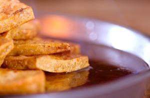 大厨揭秘火焰山豆腐的正宗做法,看完口水都流出来了