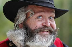 18年法国胡子锦标赛 与16年全美胡须锦标赛对比,你觉得哪个赢了