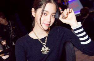 同样是18岁生日,欧阳娜娜获半个娱乐圈祝福,范丞丞则有些冷清!