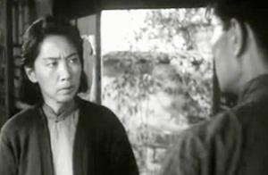《烈火中永生》江姐被叛徒出卖被捕,双枪老太婆劫刑车击毙甫志高
