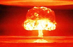 如果发射一颗核弹从bet娱乐官方网站8到美国本土要多长这个问题困扰我很久了