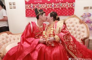 何鸿燊千金何超盈6亿嫁妆将亲家聘礼比下,21岁男友靠才气赢芳心