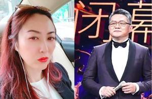央视主持人张斌曾被妻子指责出轨,现近照曝光头发花白认不出