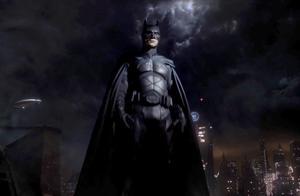 蝙蝠侠在《哥谭》大结局才登场的真相!