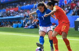 中国女足不争气!无缘世界杯八强!央视评中国女足:缺明晰战术