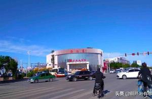 葫芦岛新区晴朗的城市风景,寂静的你真美