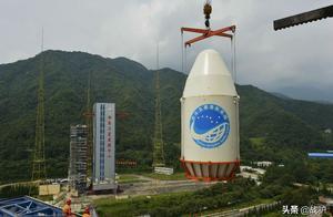 拒绝中国的下场!欧洲24颗卫星一瞬间全宕机,没有备胎可用