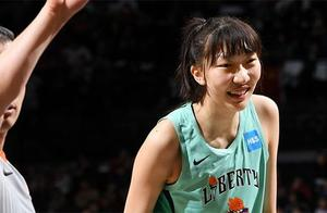 首秀拿全队最高分!韩旭19+5助自由人战胜中国女篮