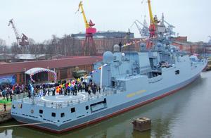 俄罗斯这款军舰被乌克兰掐脖子陷入停顿 普京庆幸:还好有接锅侠