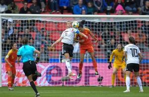 一球憾负德国 中国女足输掉首战赢回希望