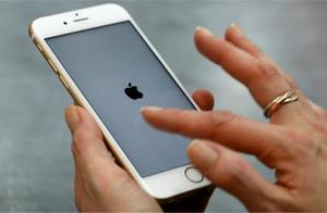 """IPhone8不敌岁月,如今已跌到""""良心价"""",无奈网友却不买账"""