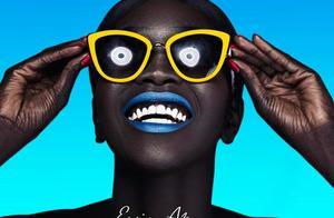 世界最黑模特,连牙龈嘴唇都是黑的,却美得让人难以忘怀!