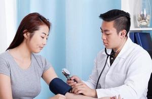 营养师:血压高的人,这4种食物不能多吃,经常多吃百害无一利