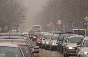 中国燃油车禁售时间表出来了,2050年可能就买不到燃油车了