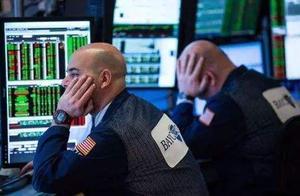 拍拍贷趣店如涵猎豹移动股价遭遇重挫 跌幅均超过10%