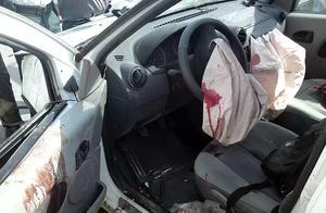 这几个情况下,出了事故安全气囊不仅救不了你,还可能会伤到你