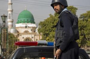 巴基斯坦发生劫持事件 至少14名乘客遭枪杀