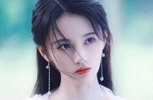 她是新版白素贞,却喜欢追《都挺好》?