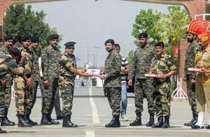 这天不交火!印巴边境部队交换糖果庆祝开斋节