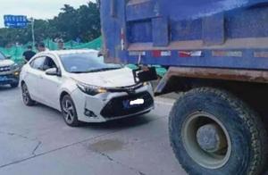 【警务动态】近日泰山路三车相撞连堵一片,惹祸的竟是这种神操作…