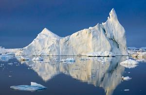 格陵兰岛现异常高温 单日融冰量20亿吨恐令极端天气更频繁