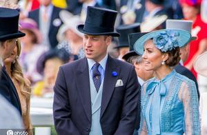 英国王室又出车祸!威廉王子夫妇车队将一老妇撞进医院
