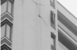 杭州这小区未交付外墙已裂 还有30多项质量问题