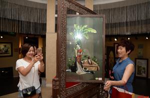 千幅蜀绣巨展来了,价值不菲的《文君熊猫》你见过没?