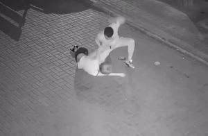 """刚刚,大连警方通报""""女子半夜遭到殴打""""!"""