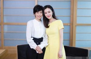 还记得东京爱情故事的莉香吗?52岁的她和田朴珺合影不输阵