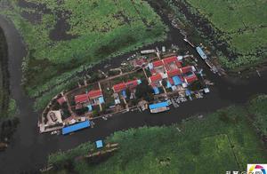 桃花岛12户渔民四代住岛上,每日领略湖风品尝湖鲜,却留不住孩子