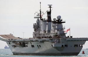 替美出头倒霉了,英国内部混乱难平息,又遭伊朗扣押油轮威胁