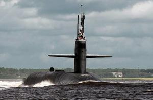 美军将32名女兵派上潜艇后 出现一份