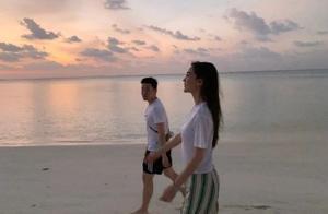 杨颖晒和男友人海边照,酷似情侣,电视剧《我的真朋友》将播?